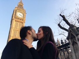 Kiss in front of the Big Ben