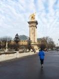 Cruzando por el Pont Alexandre III