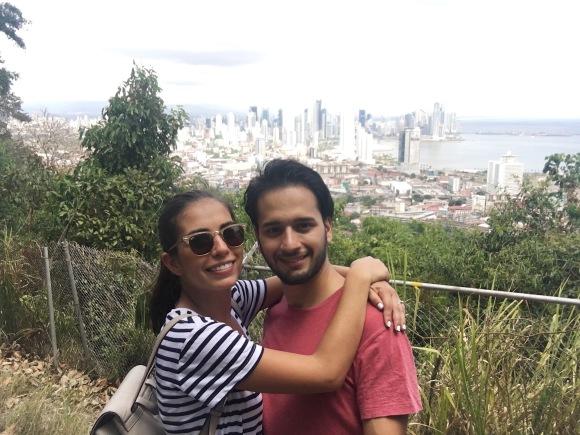 ¡En la cima!/Finally at the top!