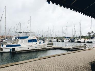 Después de la visita al Fuerte nos paramos a comer en la marina/Quick stop for lunch at the Marina