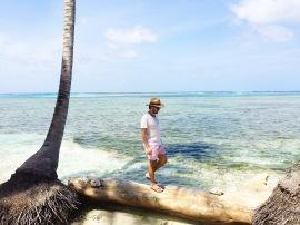 Ren explorando Isla Puerco /Ren exploring Isla Puerco
