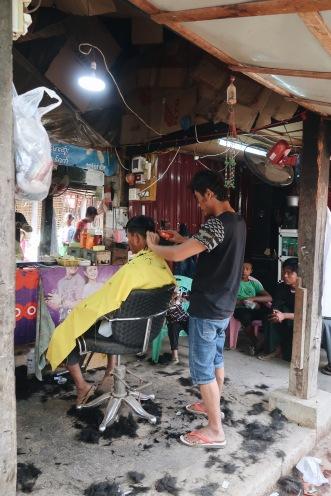 La peluquería a medio mercado