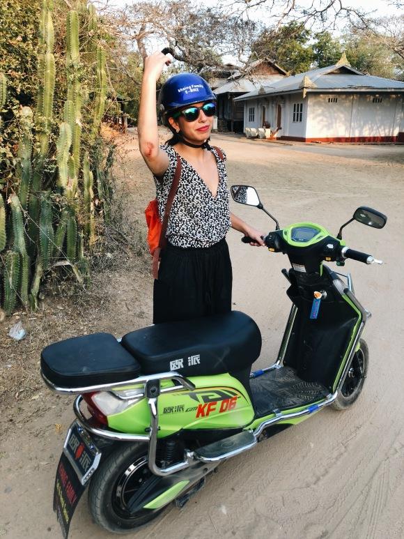 La mejor opción es rentar moto, ¡pero tengan cuidado de no caerse!